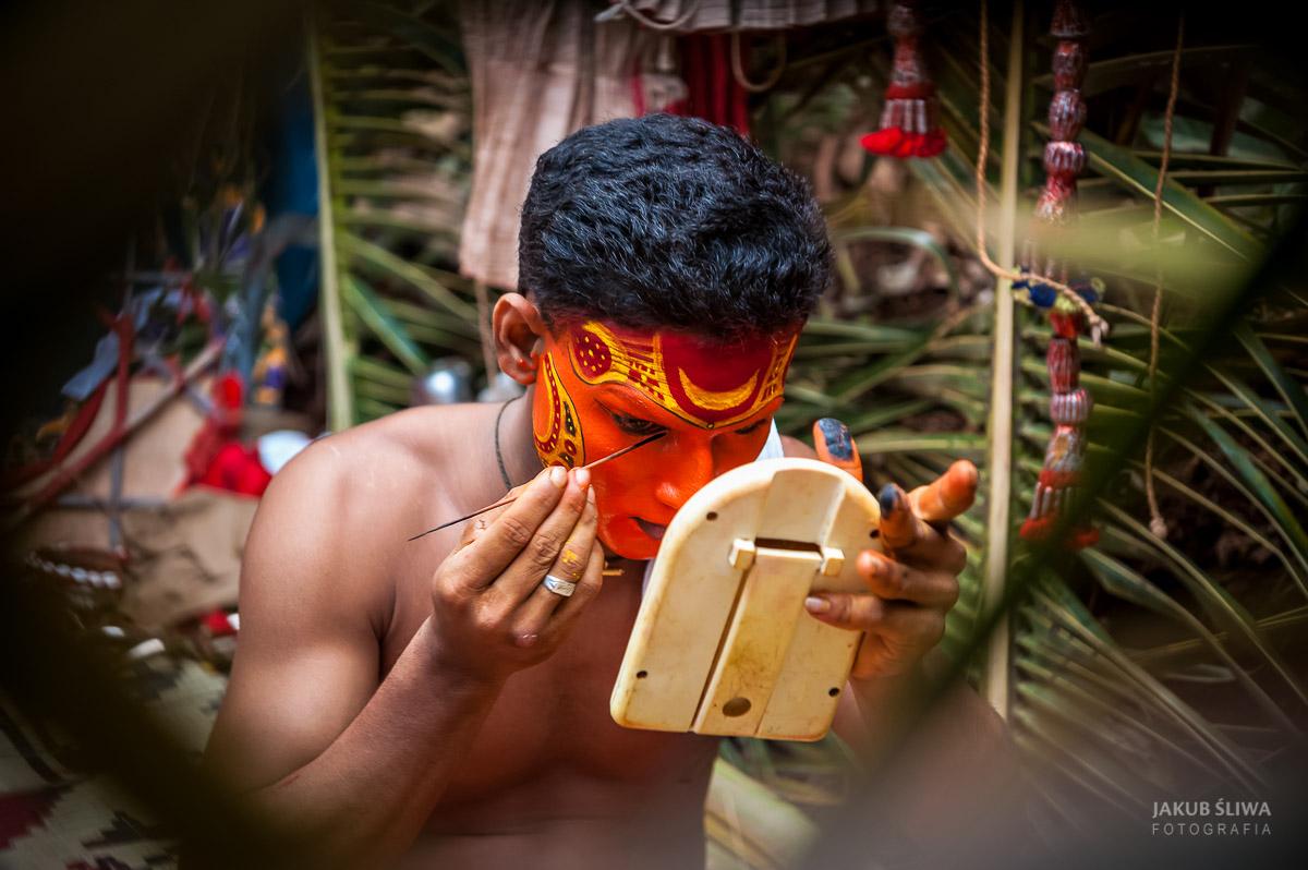 Jakub-Sliwa-Theyyam2.jpg