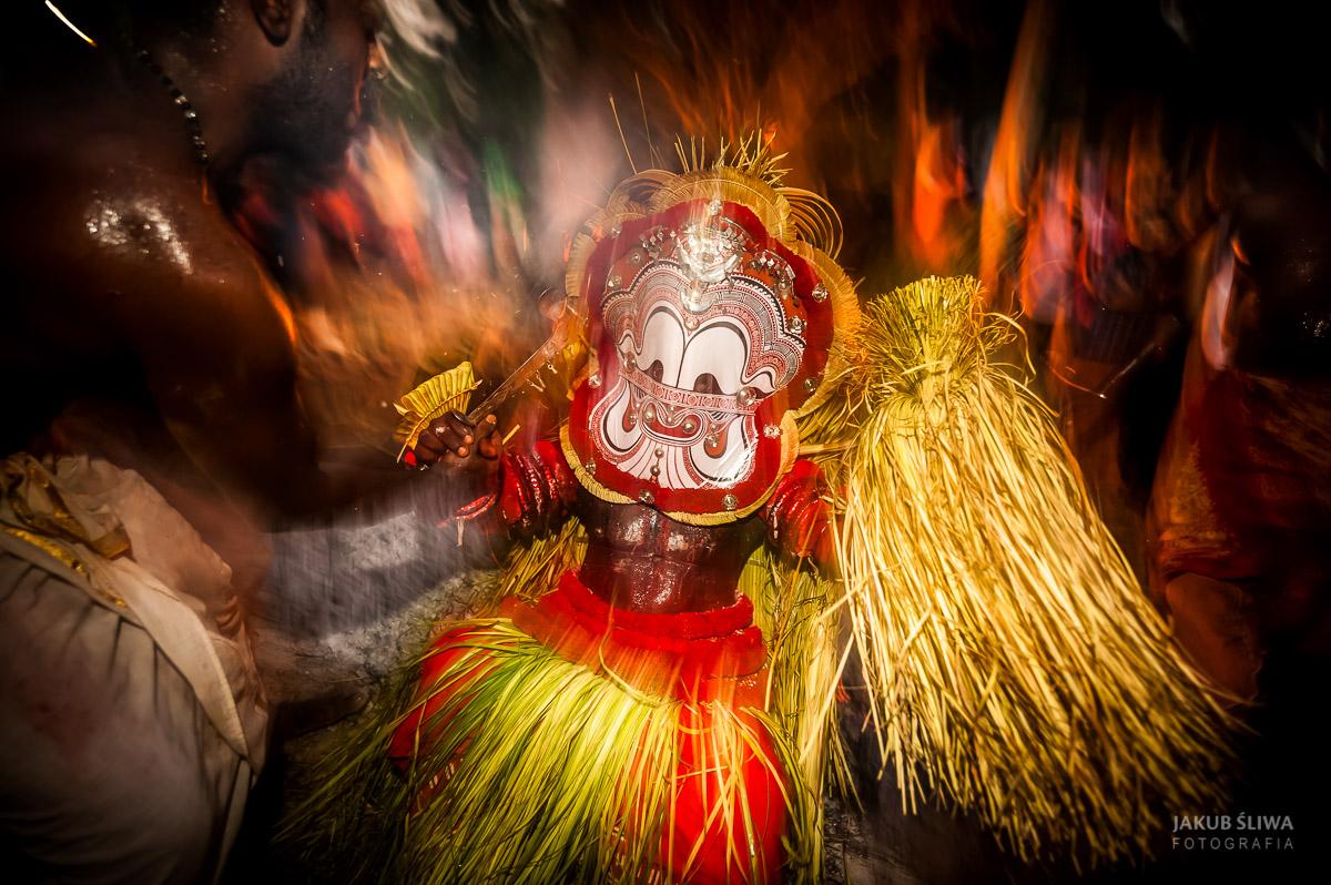 Jakub-Sliwa-Theyyam8.jpg