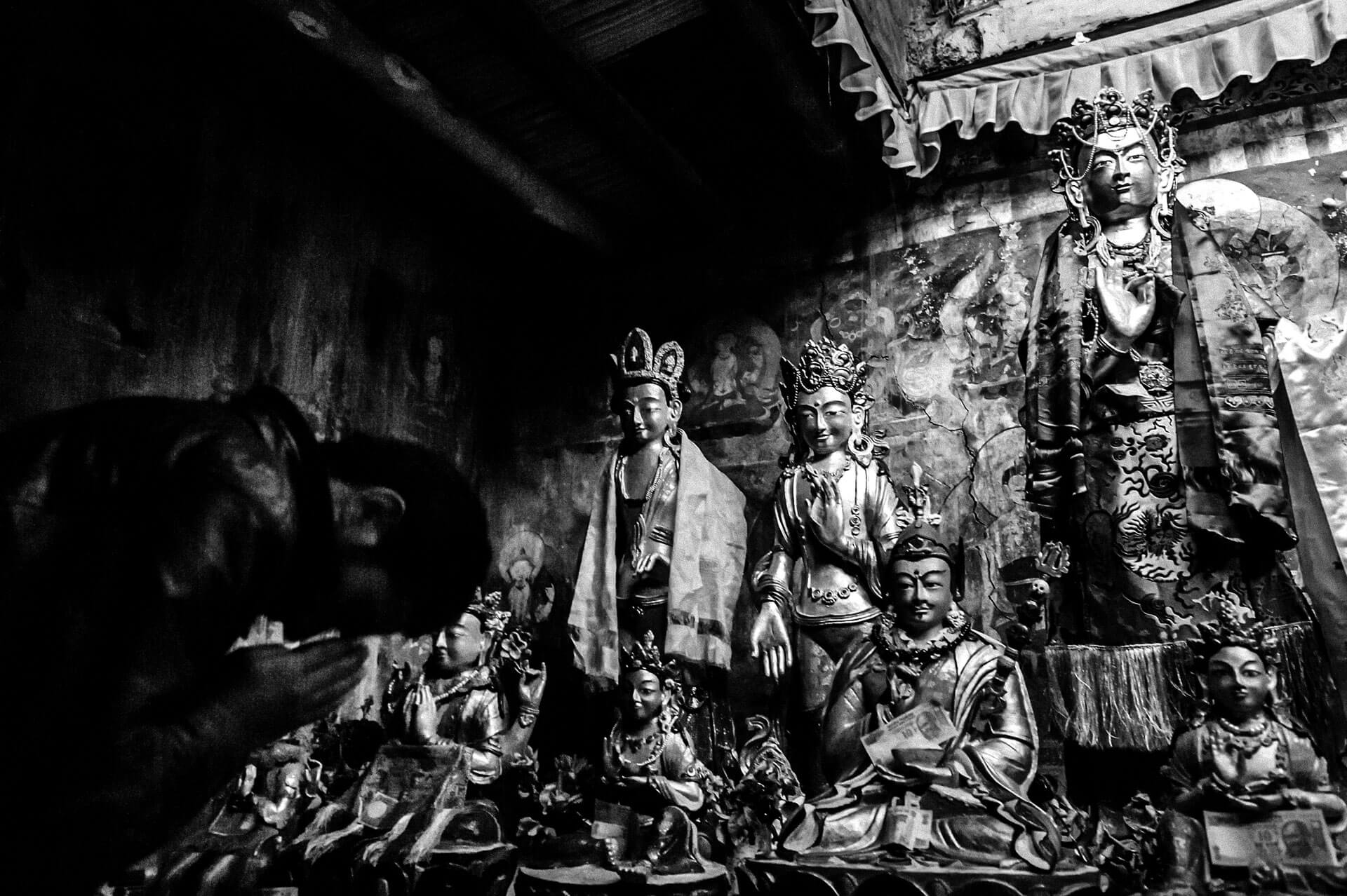 Album fotograficzny Cicha mantra Książka fotograficzna Cicha mantra Photobook The Silent Mantra Fotografia podróżnicza Jakub Śliwa Ladakh, Himalaje